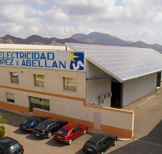 Instalación solar fotovoltaica conectada a la red de 36 KWP